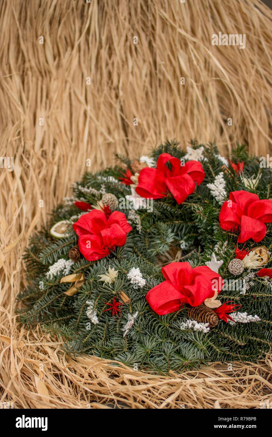 Frohe Weihnachten Und Ein Gutes Neues Jahr Tschechisch.Weihnachten Weihnachtsdekoration Weihnachten Kranz