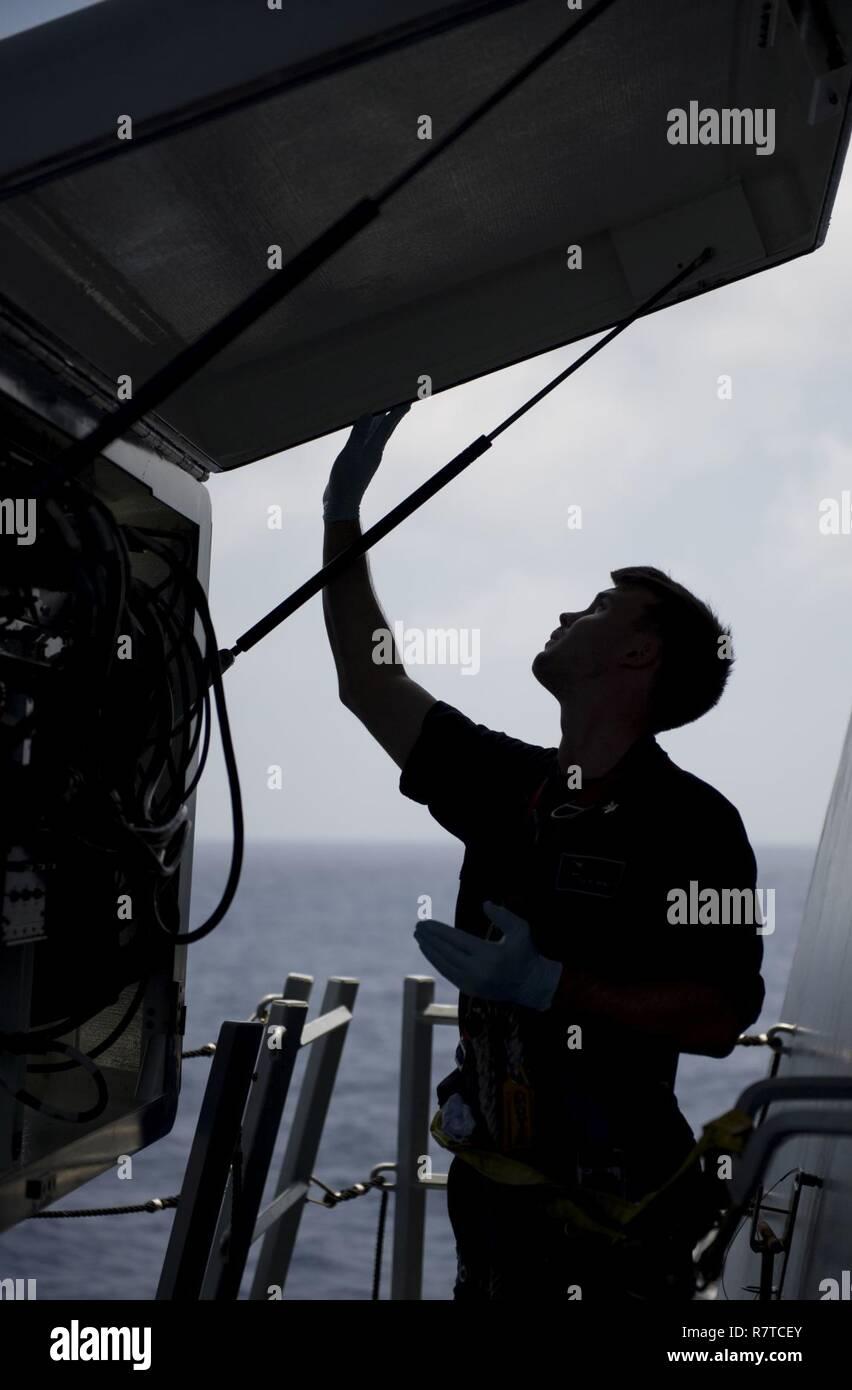 South China Sea 30 März 2017 Cryptologic Techniker Technische 2