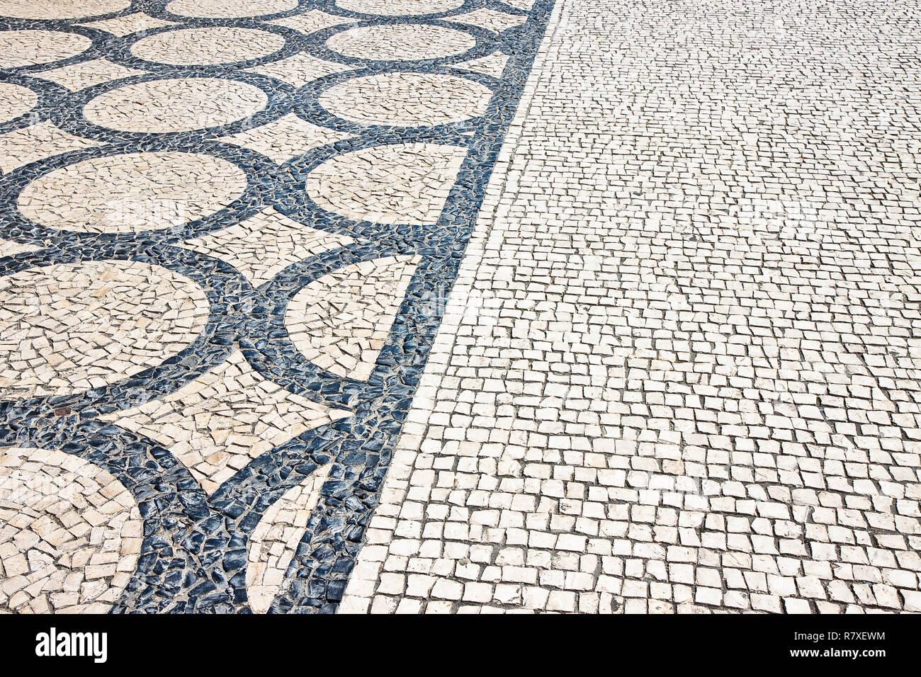 Fußboden Aus Stein ~ Typisch portugiesische fußboden aus kleinen stücke von schwarzen
