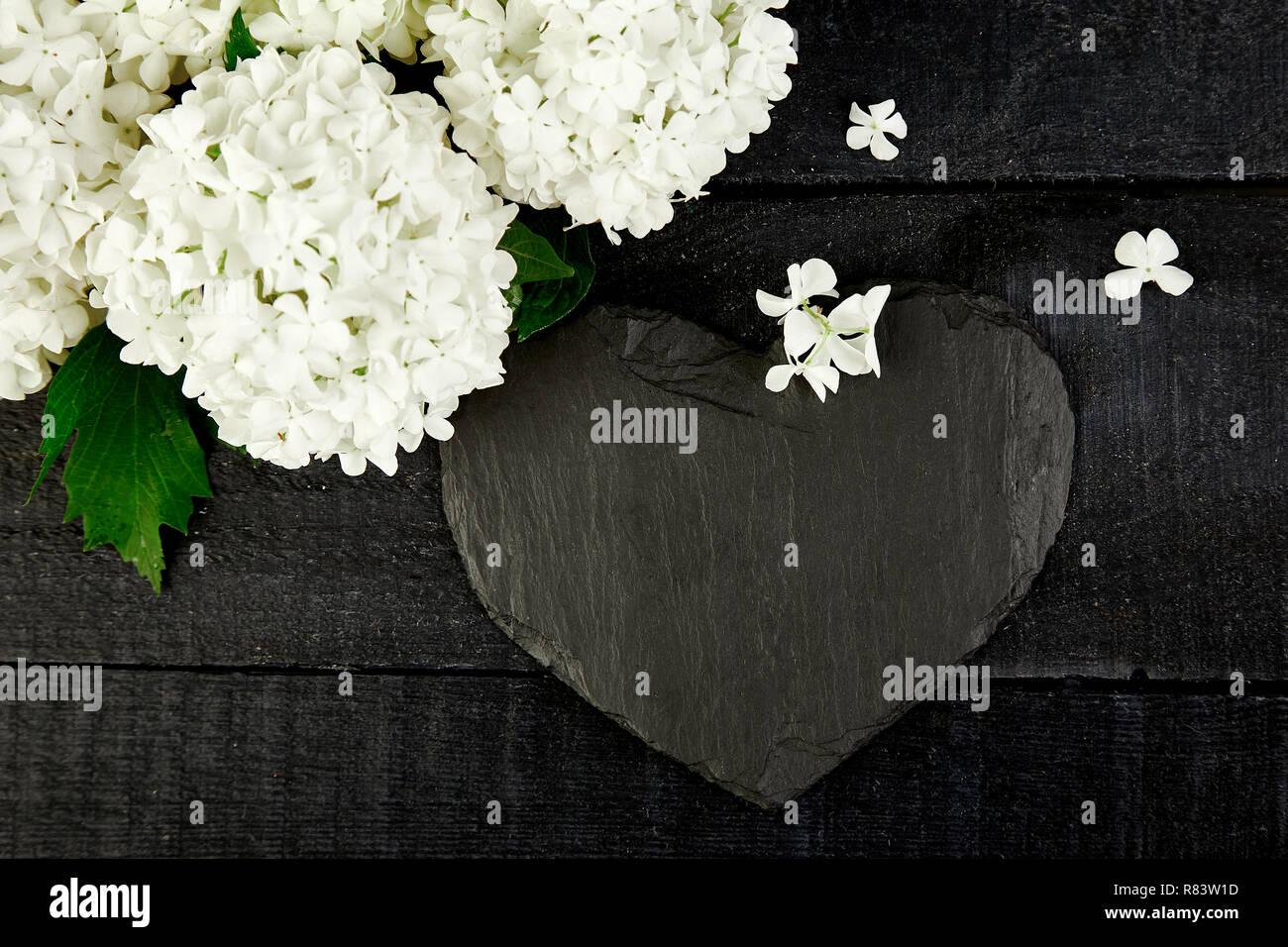Valentinstag Blumenstrauß Blume Hortensie Und Schiefer