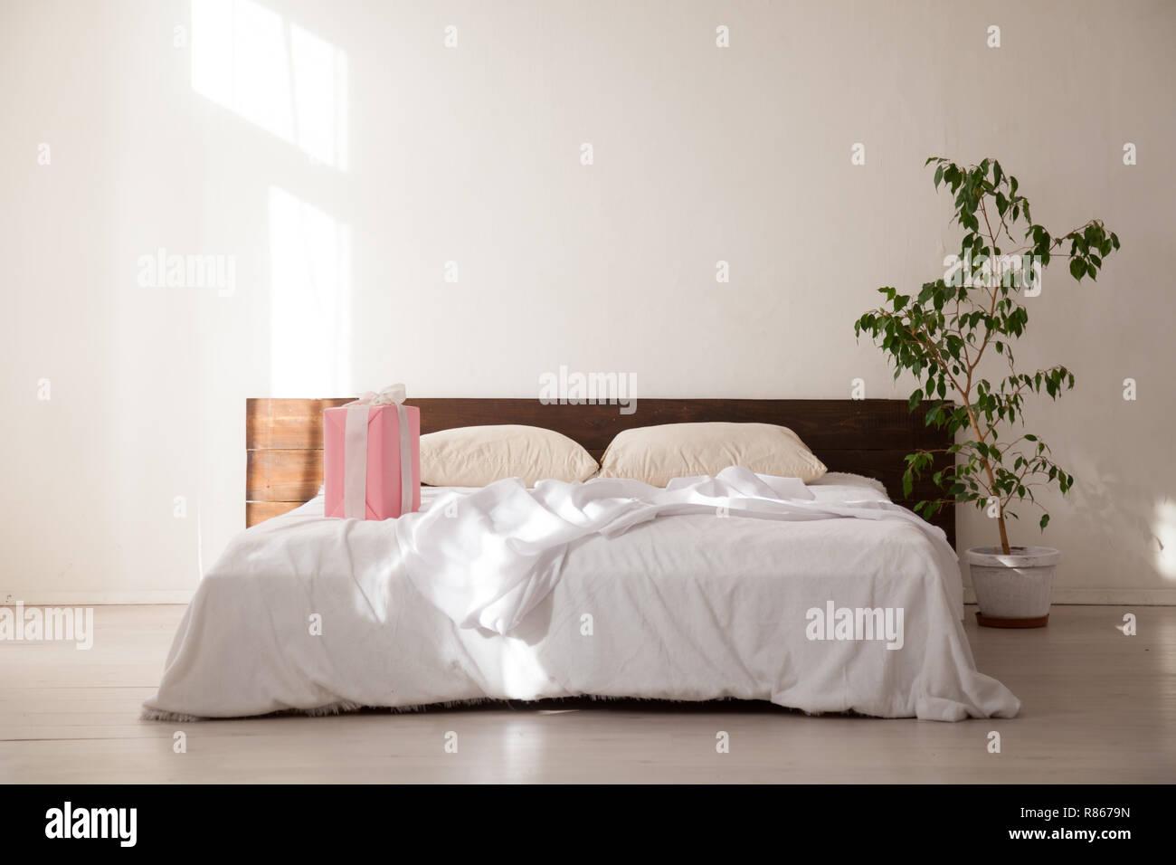 Weihnachten Schlafzimmer mit Bett baum Geschenke neues Jahr ...