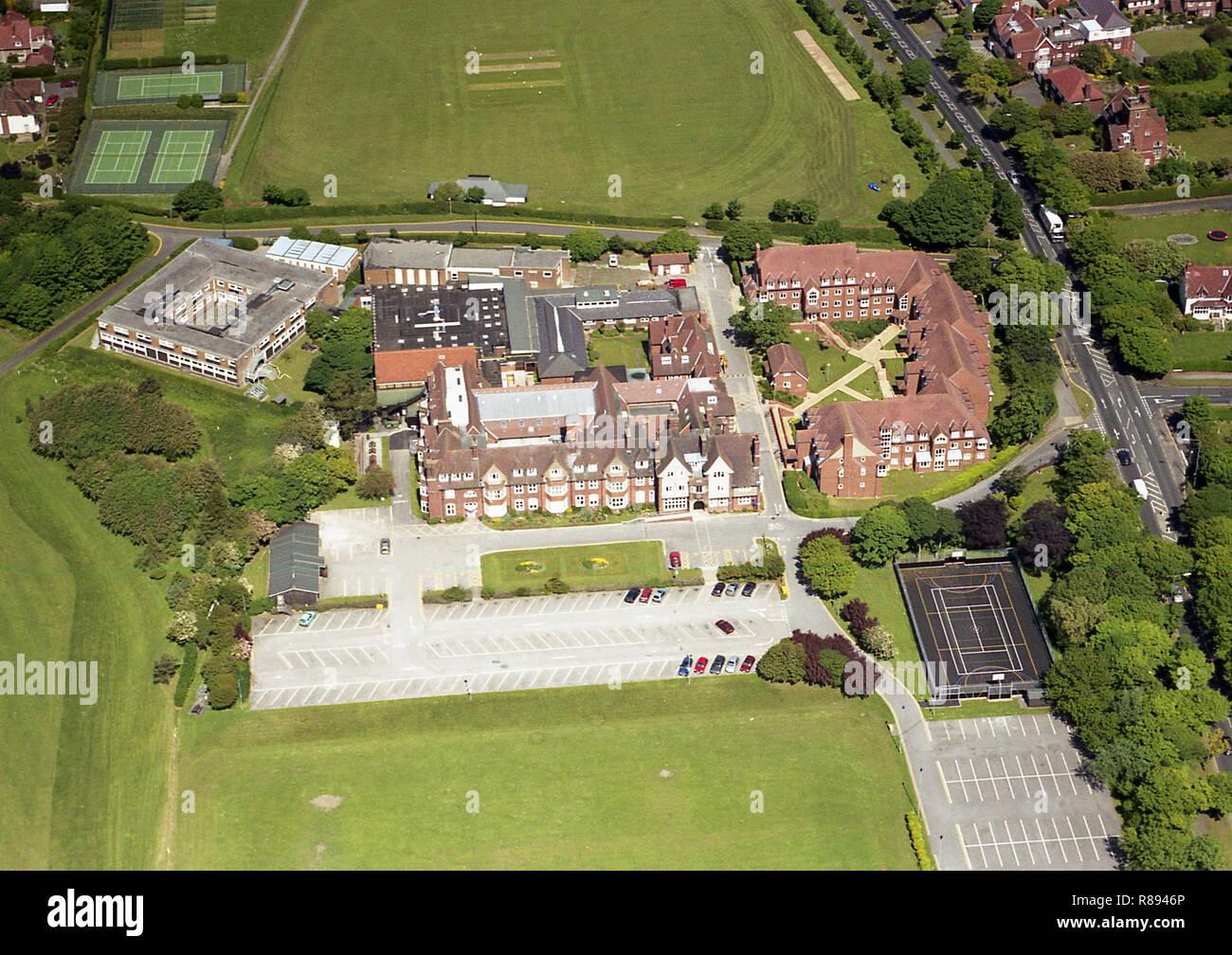 Luftbild von Scarborough Technische Hochschule auf dem Gelände der alten Universität von Hull College (Scarborough Campus) auf Coventry Road Stockbild