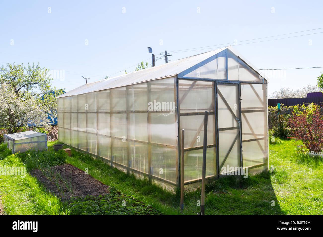 Holz Gewachshaus Mit Polycarbonat Im Garten Dreieckige Dach