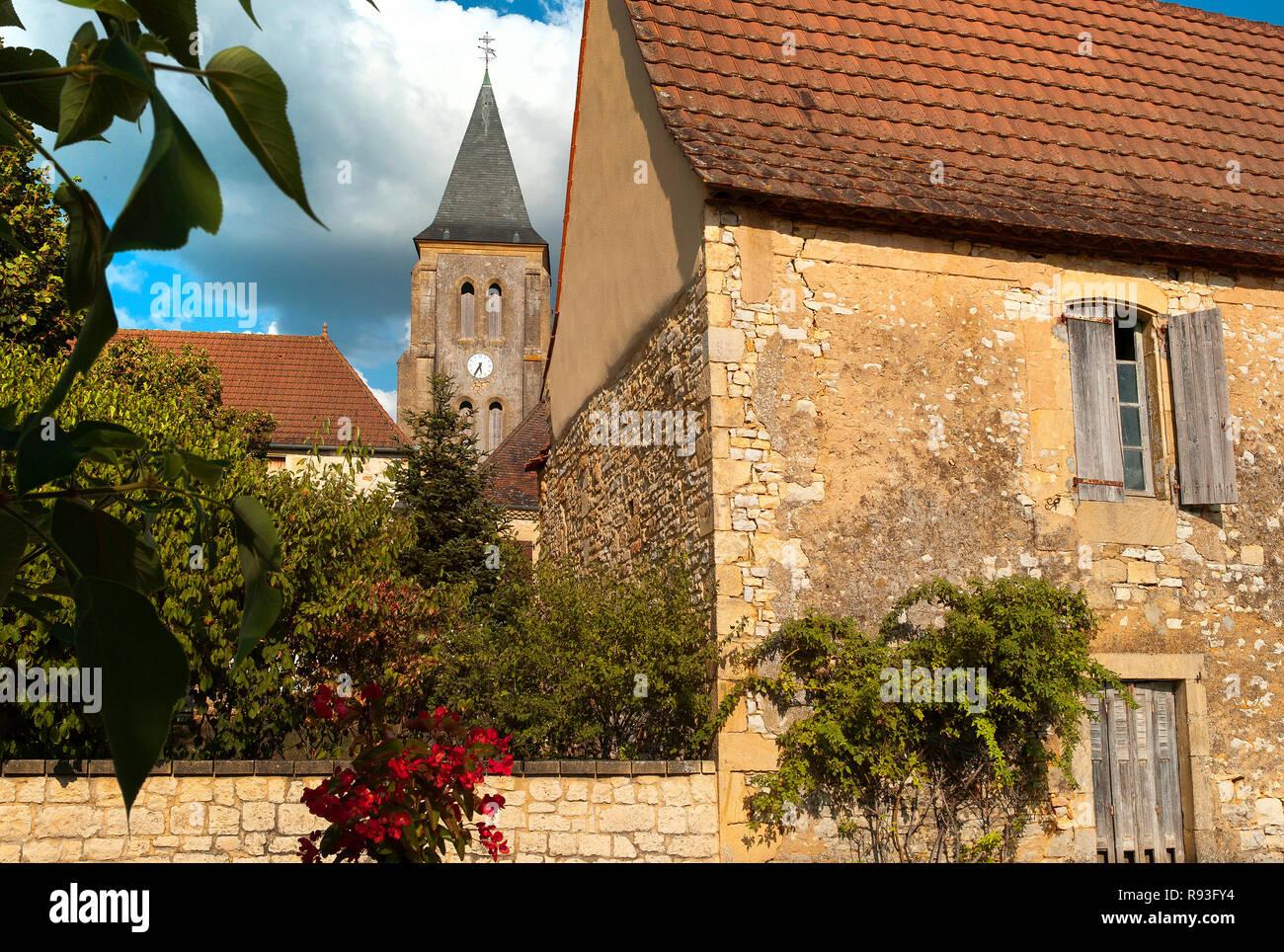 Das Dorf Nabirat, Nouvelle-Aquitaine, Dordogne, Frankreich Stockbild