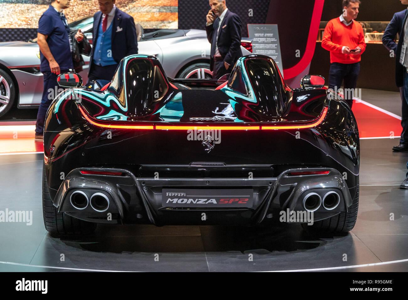 Paris Okt 3 2018 Limited Edition Ferrari Monza Sp2 Speedster Sportwagen Auf Der Paris Motor Show Vorgestellt Stockfotografie Alamy