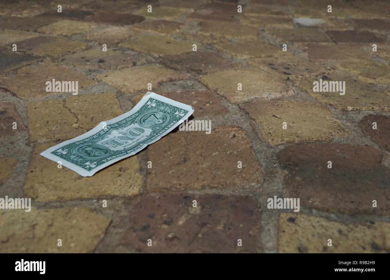 Fußboden Aus Geld ~ Geld auf dem boden stockfotos geld auf dem boden bilder alamy