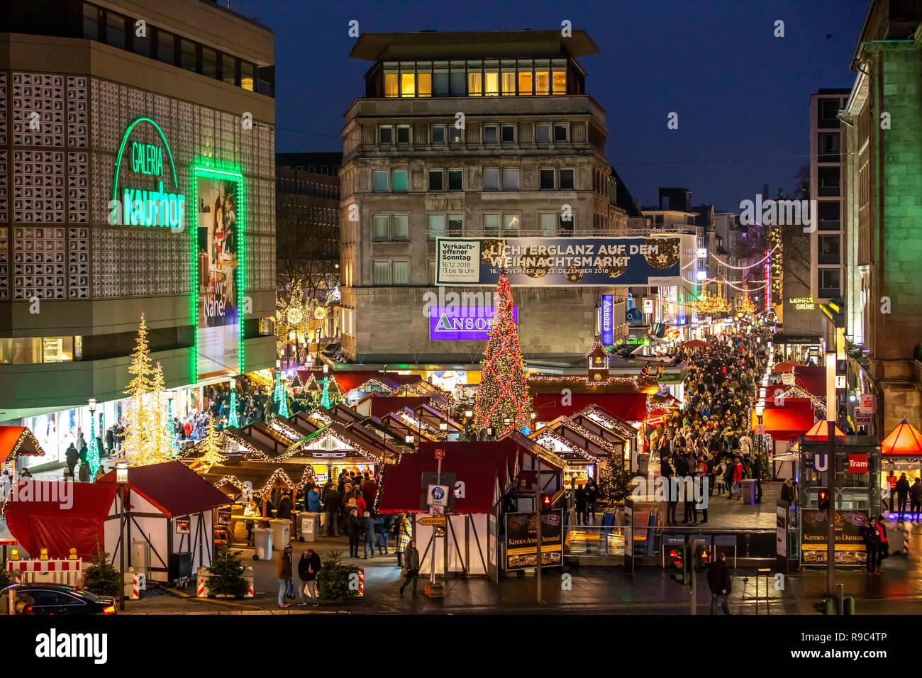 Essen Weihnachtsmarkt.Weihnachtsmarkt In Der Innenstadt Von Essen Willy Brandt