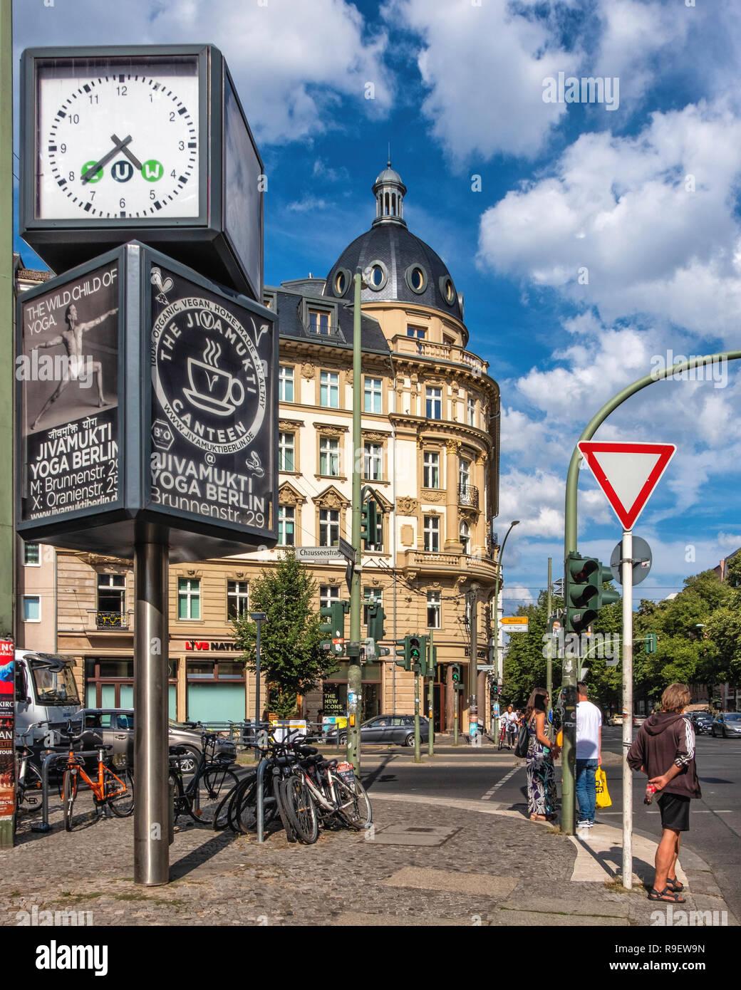 Chausseestraße Stockfotos Chausseestraße Bilder Alamy
