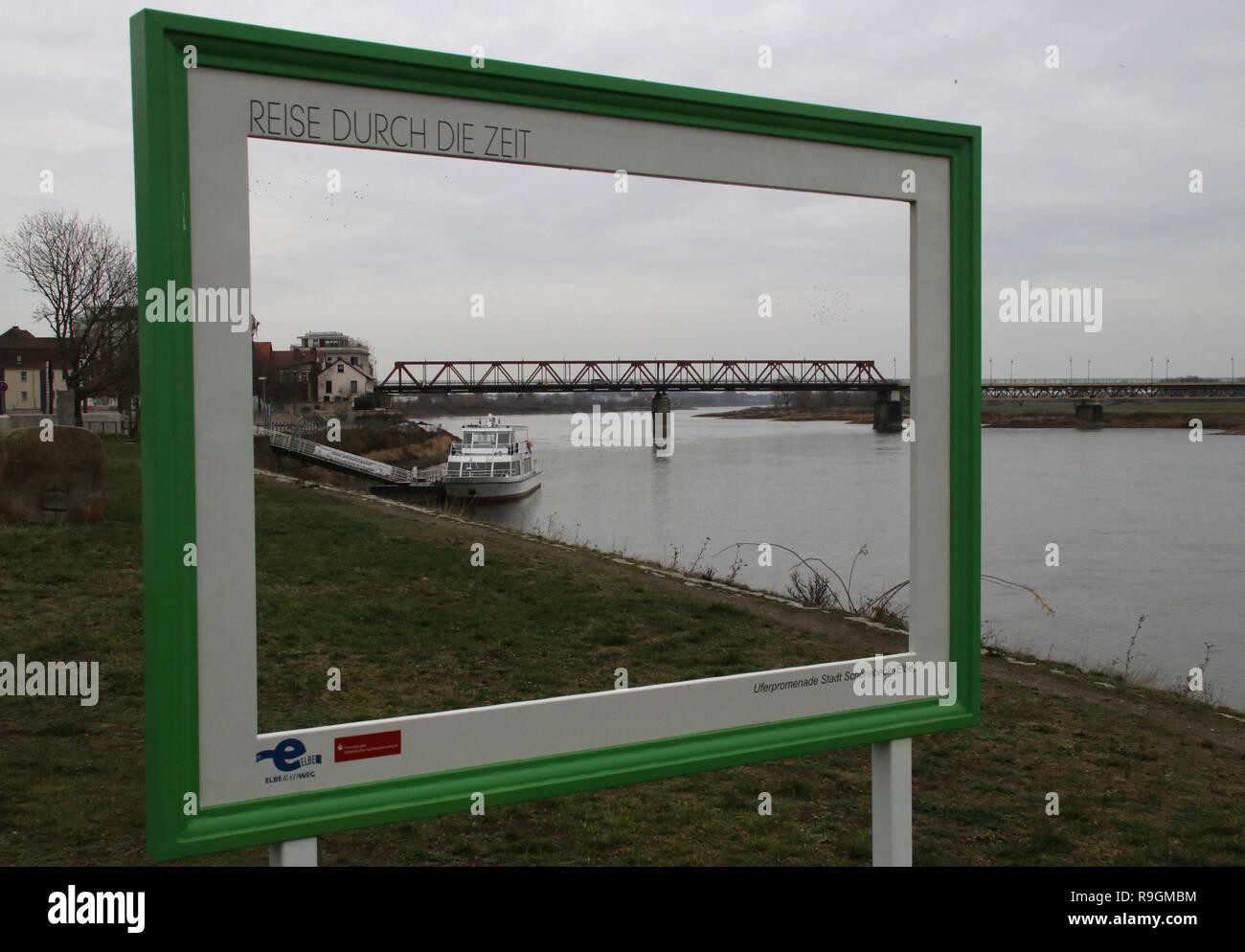 23 Dezember 2018 Sachsen Anhalt Schönebeck Blick Auf Den Hafen