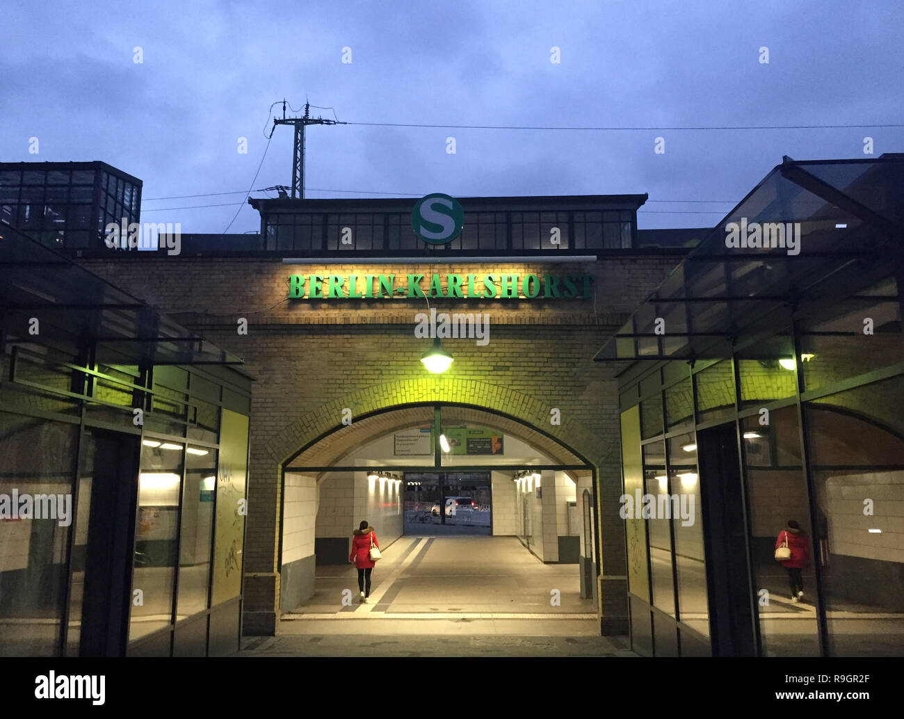 Weihnachtsmarkt Karlshorst.Berlin Deutschland 25 Dez 2018 Die S Bahn Station Berlin