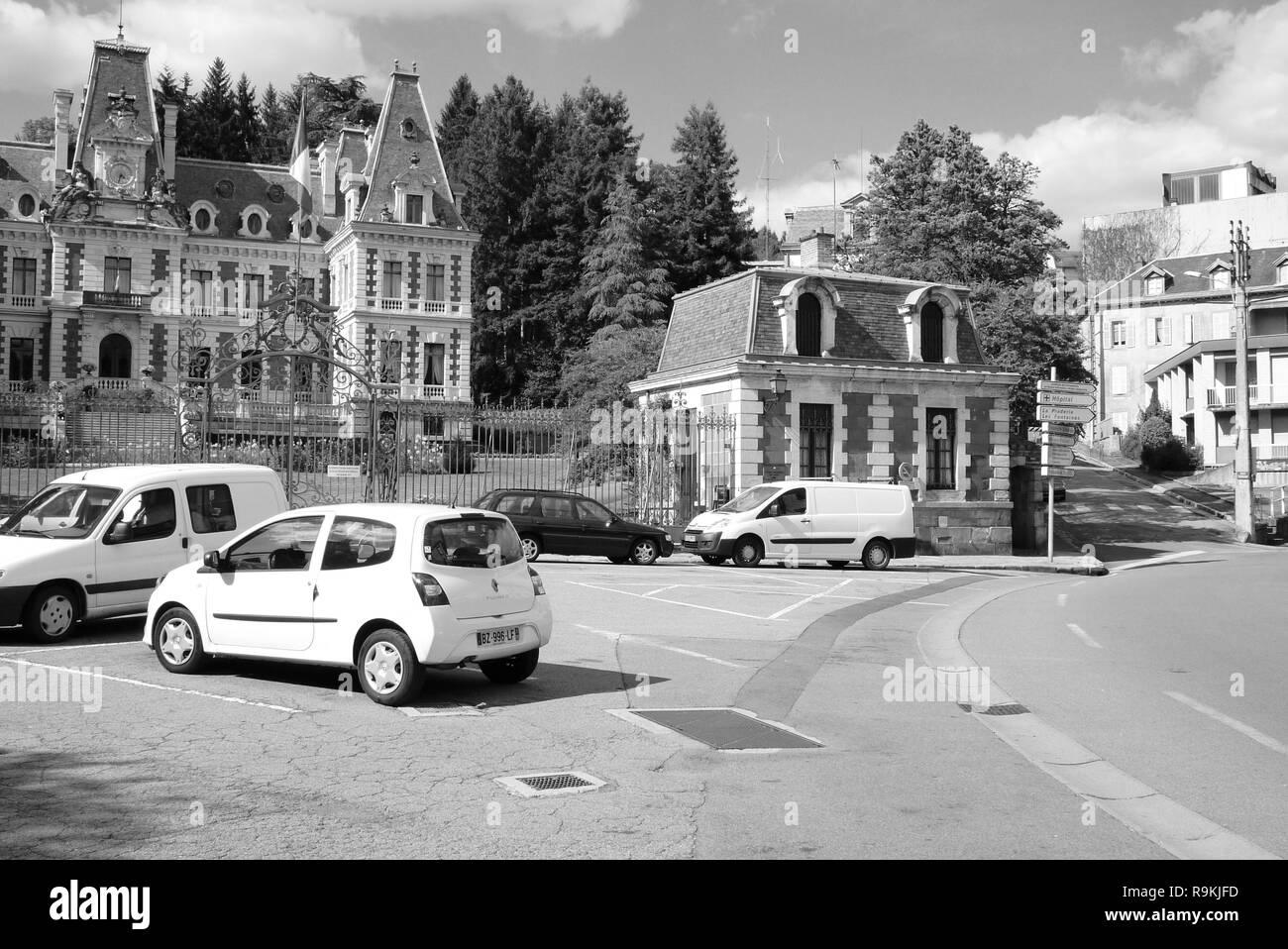 Reportage: Zwei Stunden in der Stadt, wo François Hollande, Präsident der Französischen Republik, Tüll, wurde Frankreich Stockbild