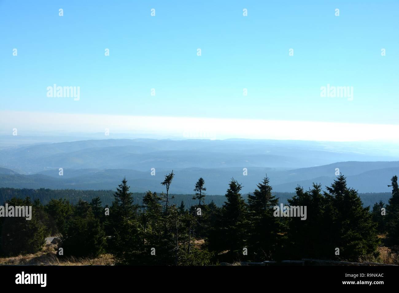 Blick vom Gipfel des Brocken im Nationalpark Harz Stockfoto