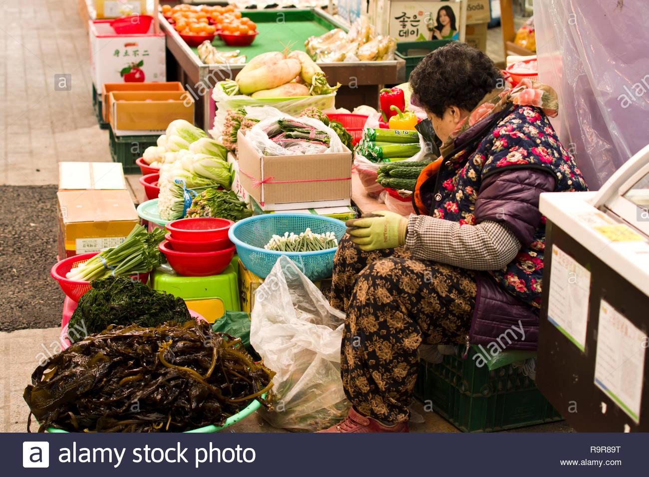 Old Street Market in Korea Stockbild