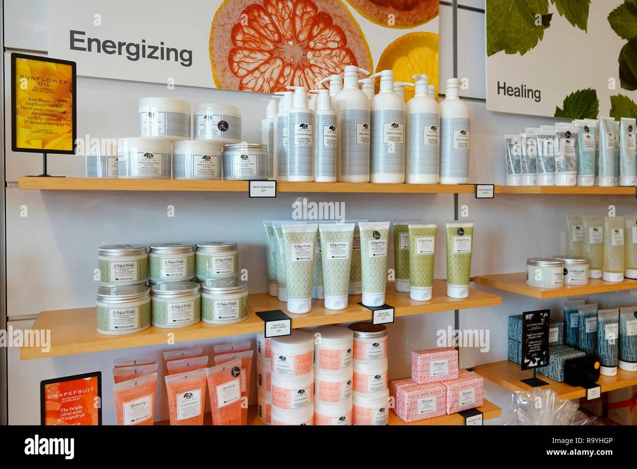Fort Ft. Lauderdale Florida Pembroke Pines Geschäfte am Pembroke Gardens Mall Shopping Ursprung Kosmetik Schönheit Produkte Skincare innen Anzeige Verkauf Stockbild