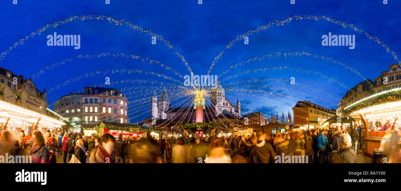Weihnachtsmarkt Mainz.Weihnachtsmarkt Mainz Deutschland Stockfoto Bild 229925198 Alamy
