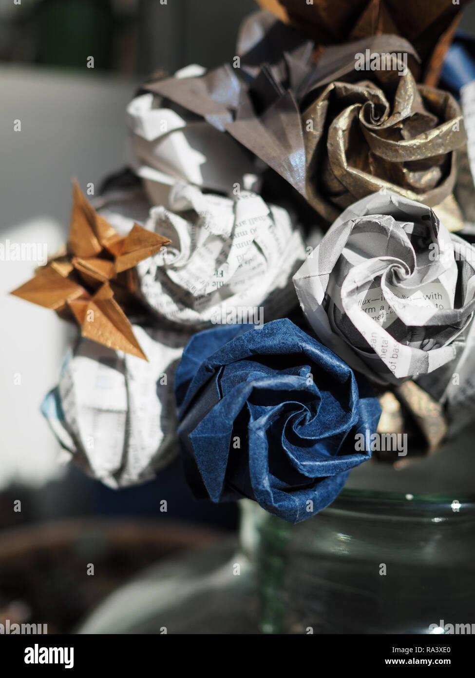 Paper Kusudama Origami Rose Flower Wedding Bouquet by PawsDesigns ... | 1390x974