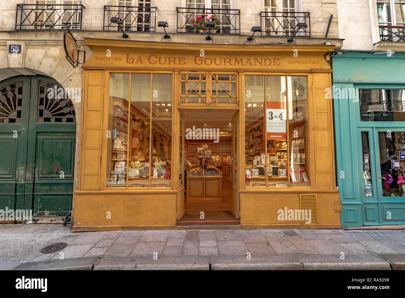 La Cure Gourmande eine französische Kuchen und Kekse Shop auf der rue Saint-Louis en l'Île, Stockbild