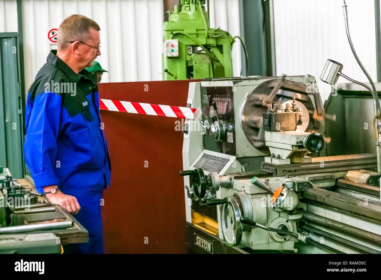 Johannesburg, Südafrika - 7. September 2016: Industrielle Fertigung und Montage des Ventils Werk Werk Stockbild