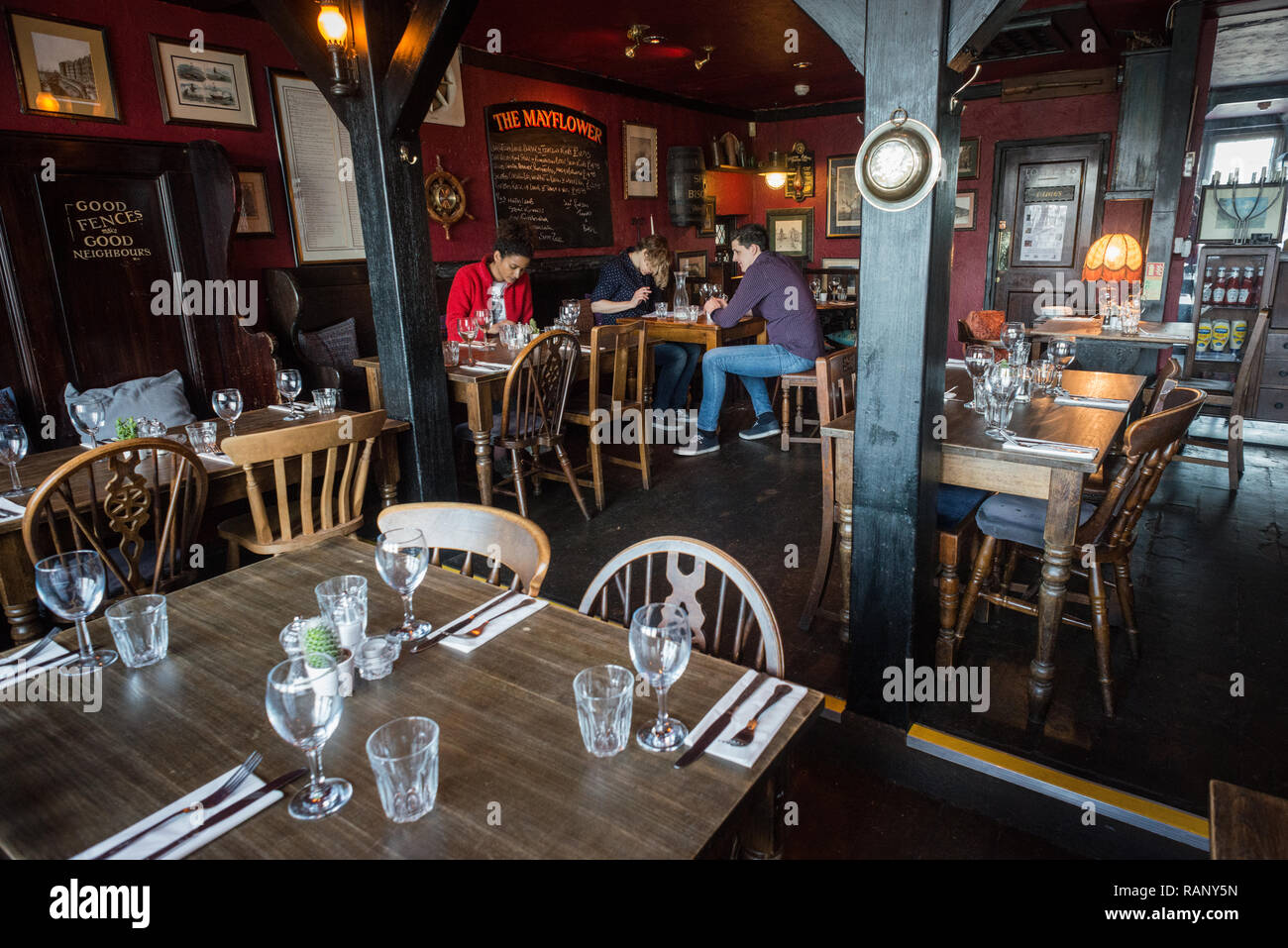 Innenansicht der Mayflower Pub, Rotherhithe, London Stockbild