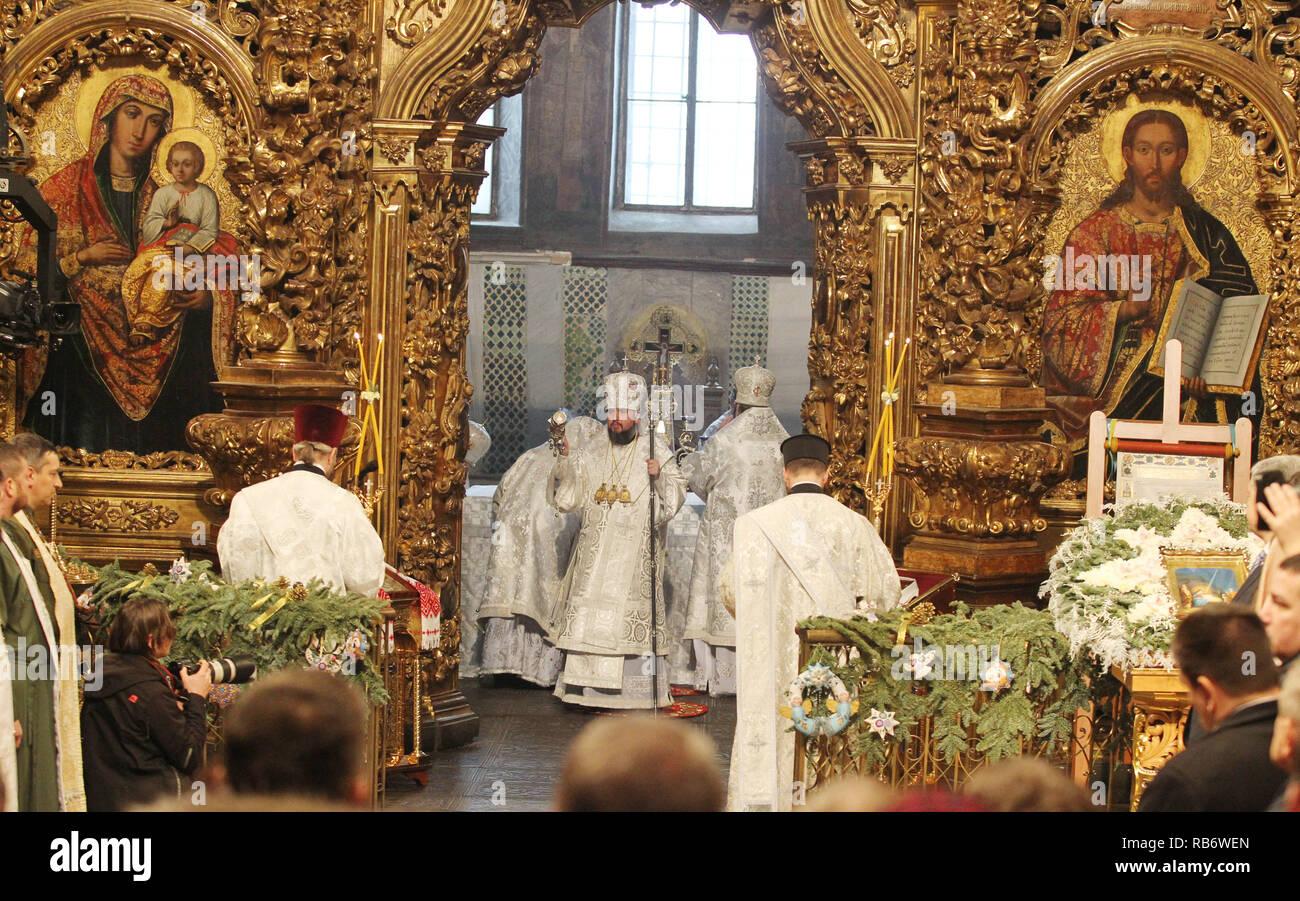 Orthodoxe Weihnachten.Metropolitan Epiphanius C Der Chef Des Unabhangigen