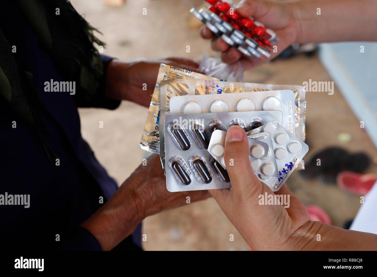 Freie Gesundheit Klinik laufen durch die Franziskaner Missionsschwestern von Maria. Medikation. Dalat. Vietnam. Stockbild