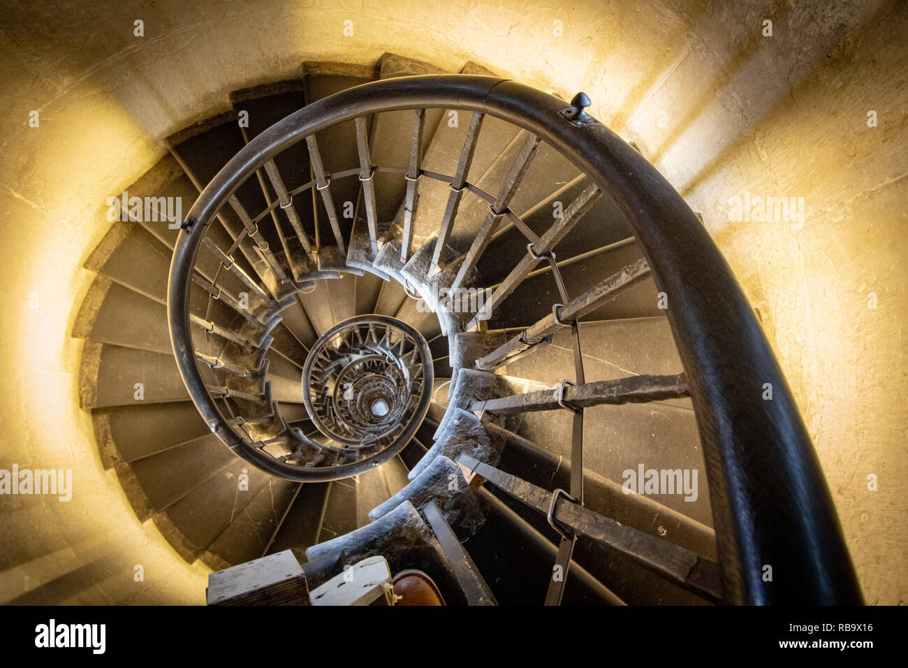 Die Treppe mit 311 Stufen innerhalb des Denkmal für den großen Brand von London. Stockbild