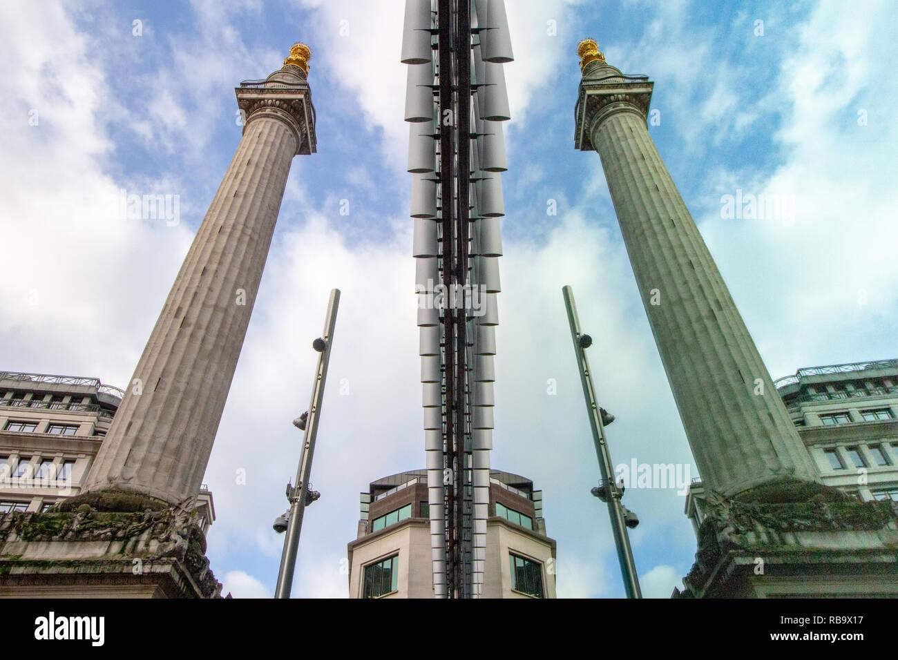 Das Denkmal für den großen Brand von London reflektiert in einem Büro. Stockbild