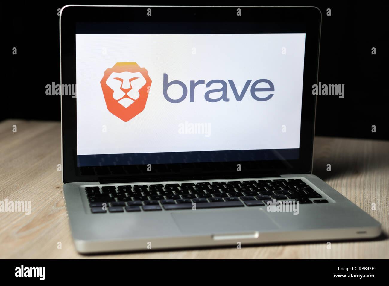 Brave browser Logo auf einem Laptop Bildschirm, Slowenien - Dezember 23th, 2018 Stockbild