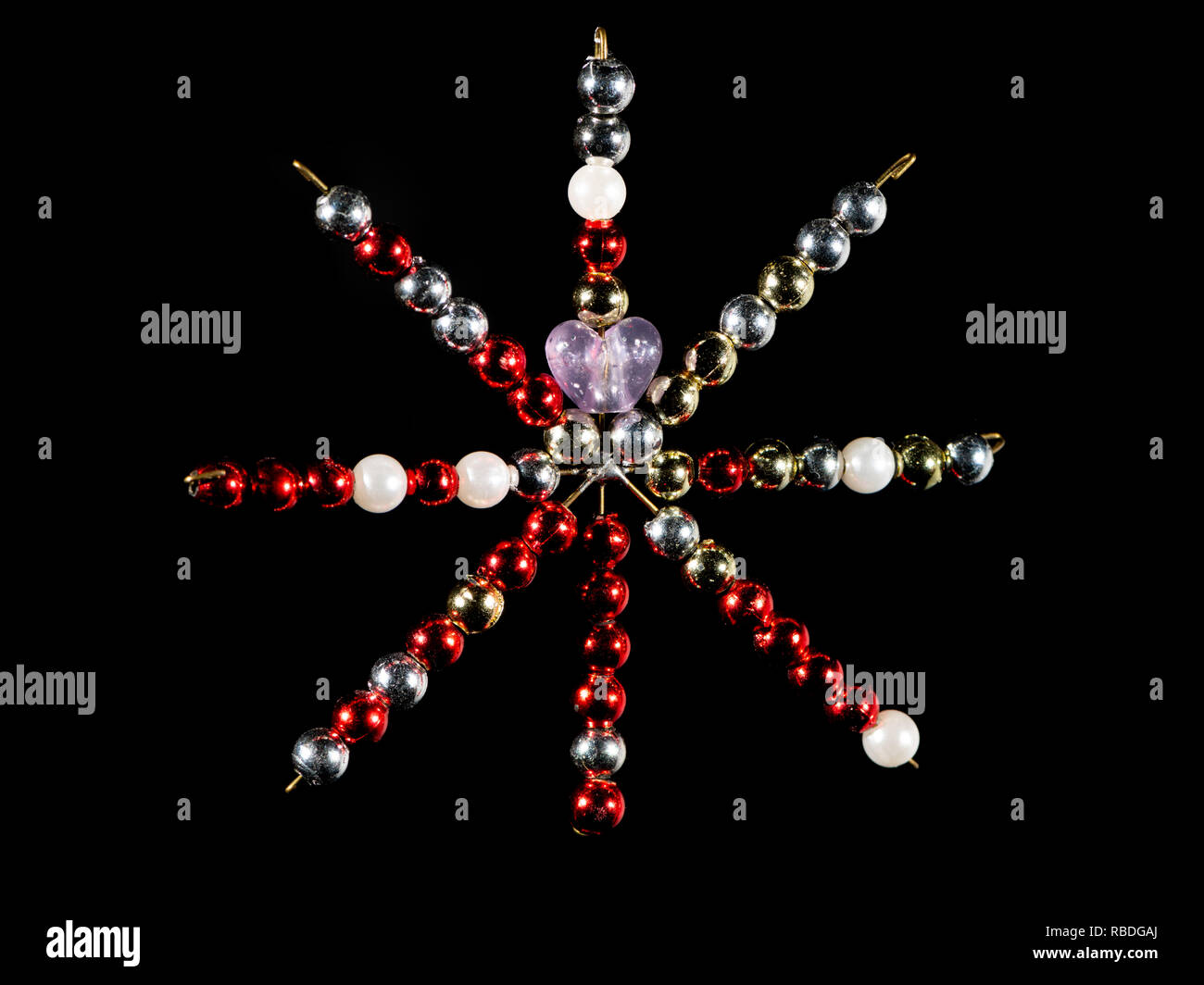 Schwarzer Weihnachtsbaum.Handgemachte Sterne Fur Die Dekoration Einen Weihnachtsbaum
