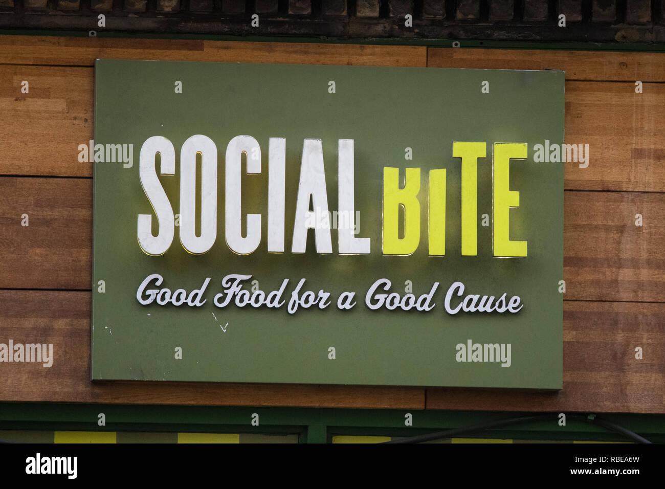 Soziale Biss cafe Zeichen, Glasgow, Schottland, Großbritannien Stockbild