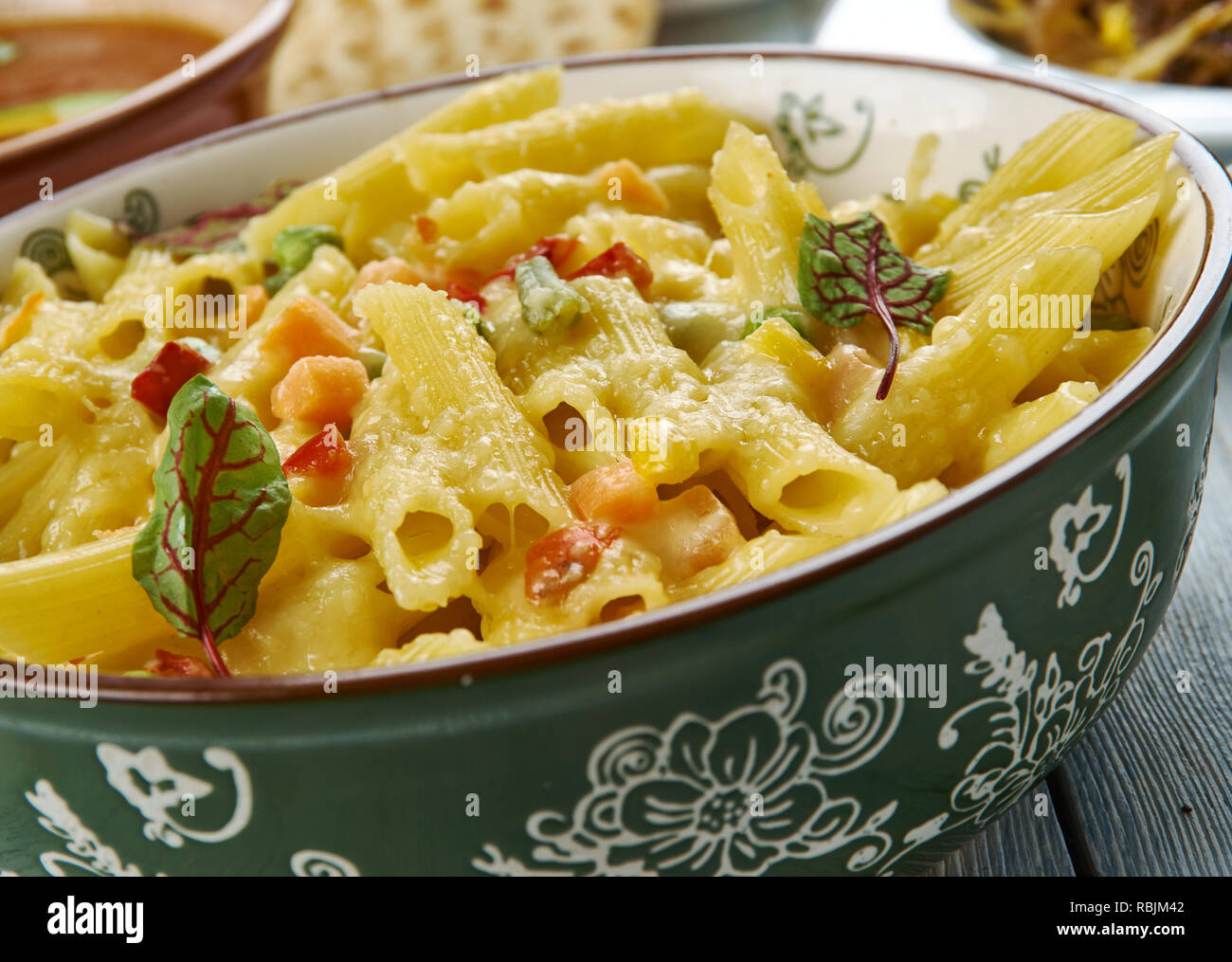 Cheesy Tex Mex Huhn penne, Tex-Mex-Küche, Traditionelle ...