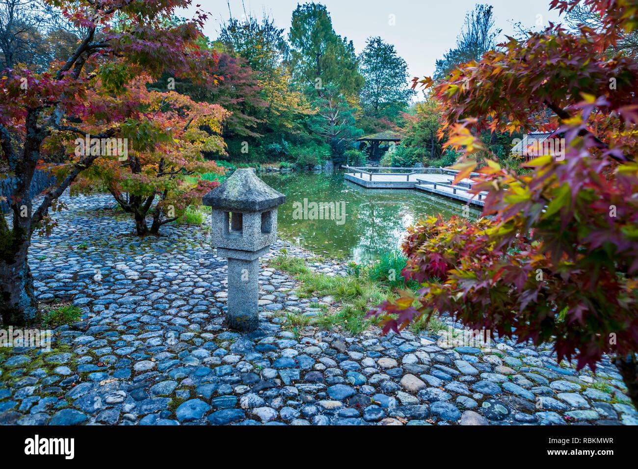 MUNICH, Bayern, Deutschland - ca. Oktober, 2018: Der Japanische ...