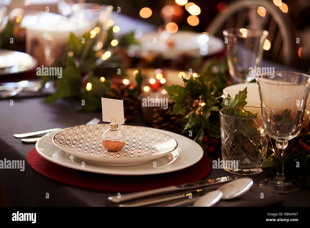 Weihnachten Tischdekoration Mit Weihnachtskugel Name Kartenhalter