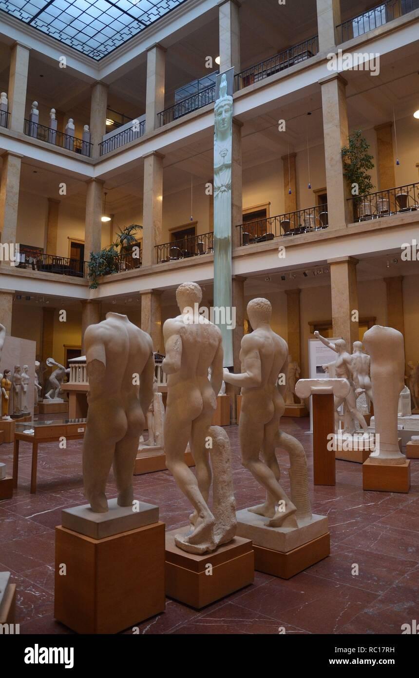 München (Bayern, Deutschland): Das Museum für Abgüsse klassischer Bildwerke in einem typischen Gebäude der NS-Zeit Stockbild