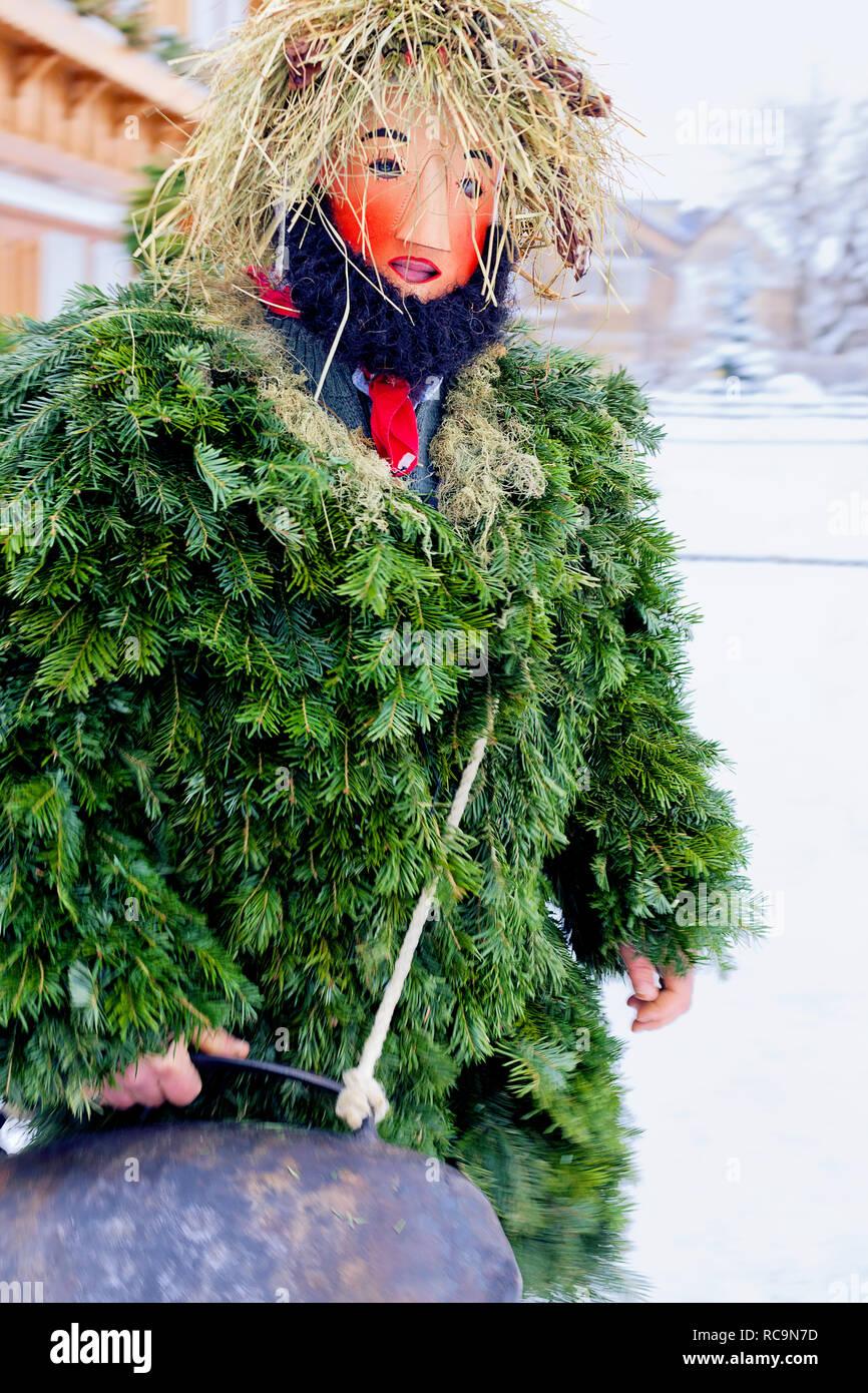 Silvesterchlausen feiern das neue Jahr im Kanton Appenzell Ausserrhoden, Urnasch, Schweiz Stockbild
