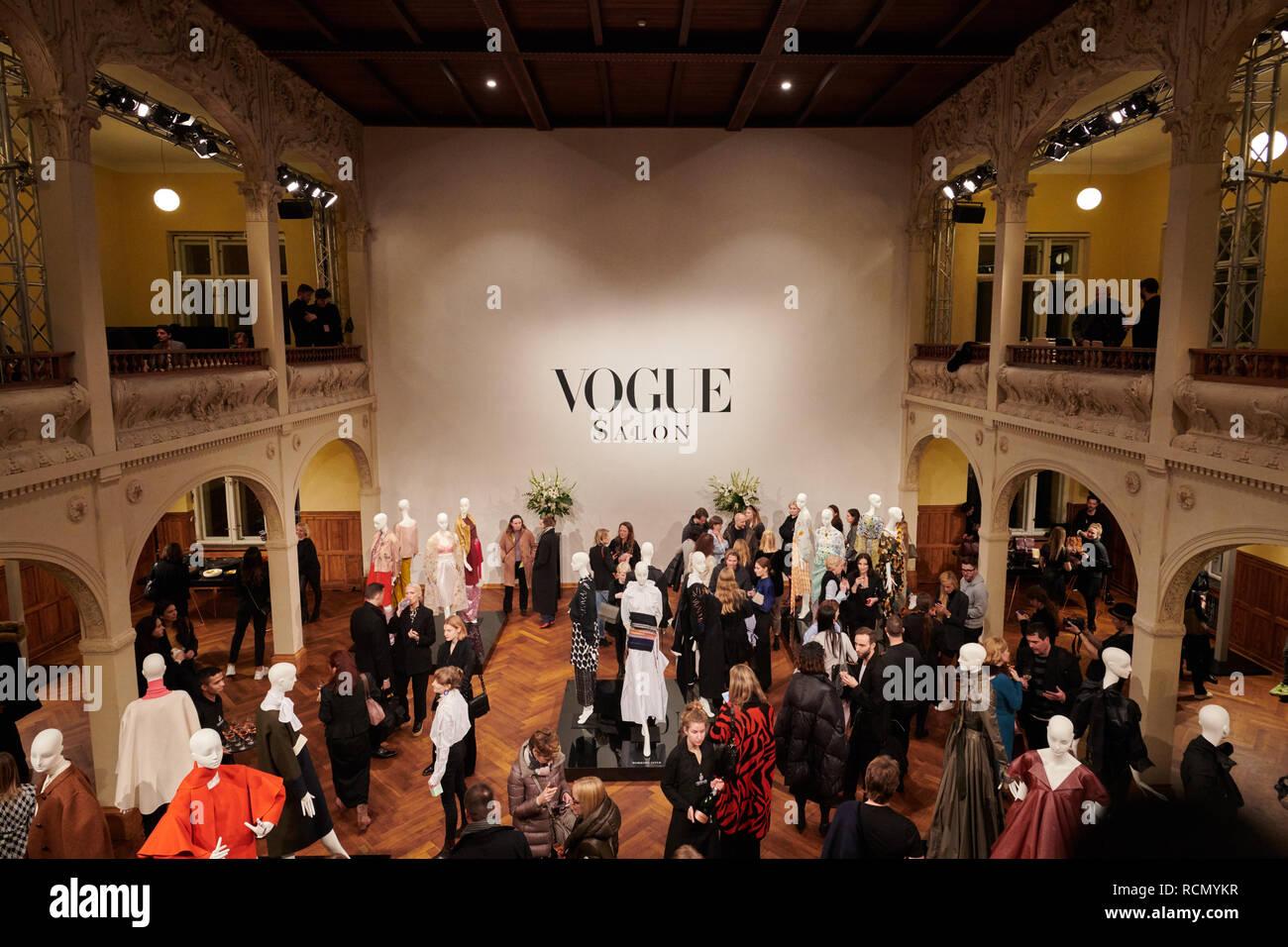 Berlin, Deutschland. 15 Jan, 2019. In der Vogue Salon, die ...