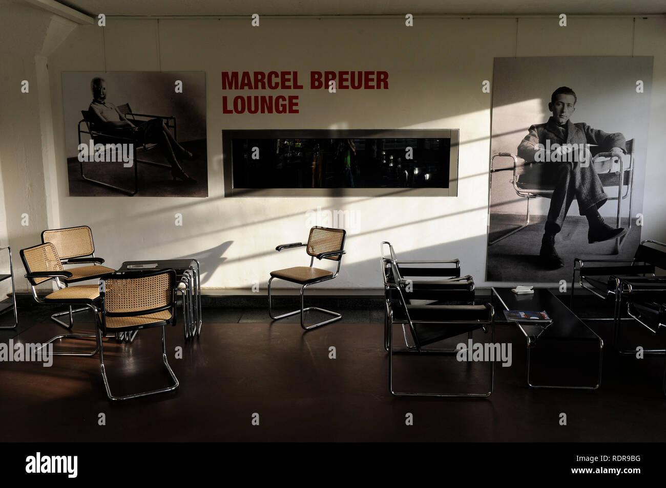 Bauhaus Stuhl Stockfotos Bauhaus Stuhl Bilder Alamy