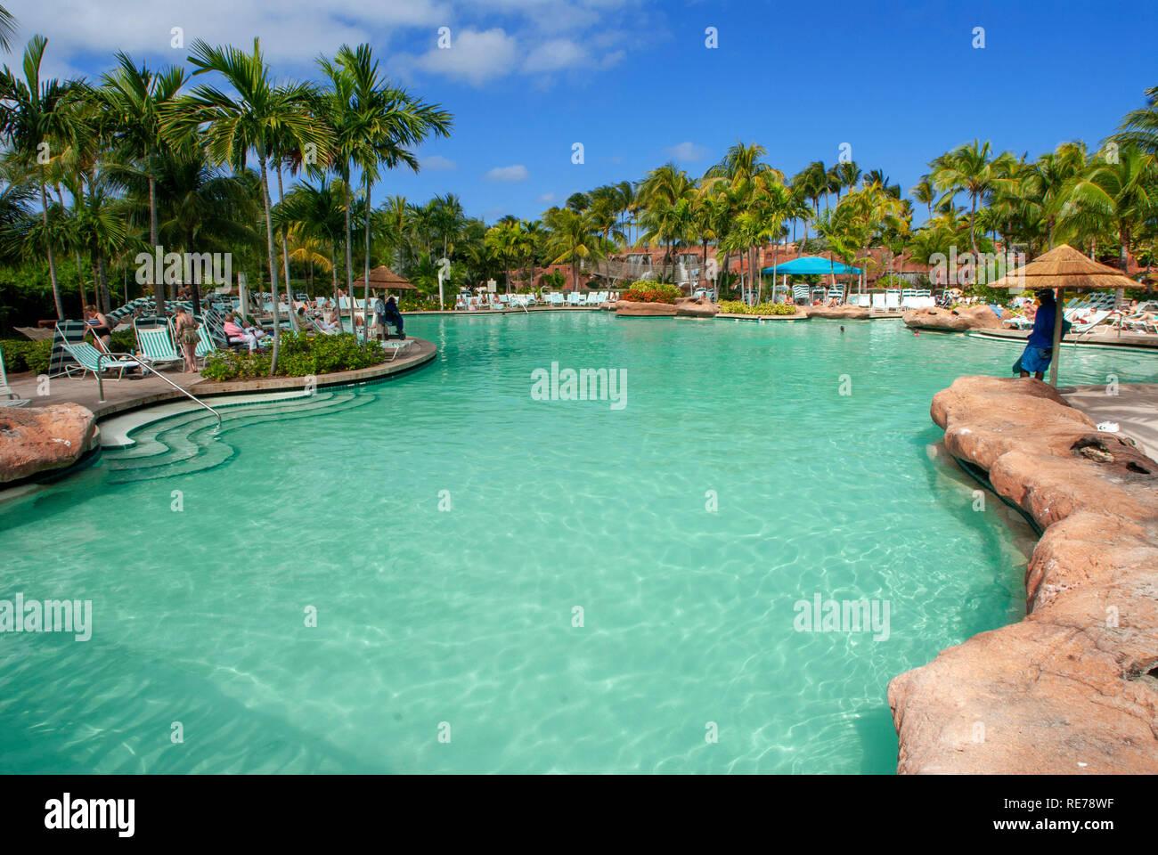 Swimming Pool Atlantis Paradise Island Stockfotos Und Bilder Kaufen Alamy