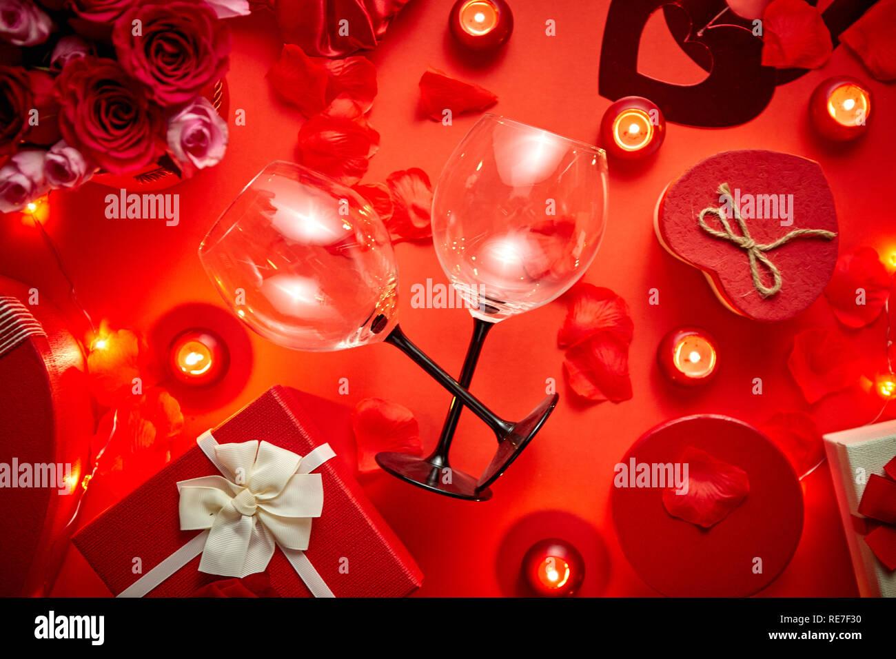 Valentines Tag Romantische Dekoration Mit Rosen Weingläser