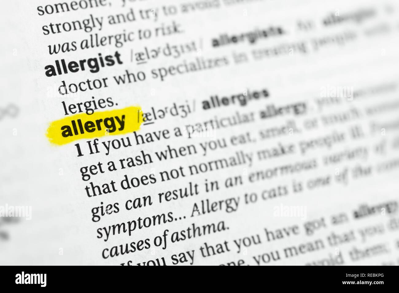 """Hervorgehobene englische Wort """"Allergie"""" und seiner Definition im Wörterbuch. Stockbild"""