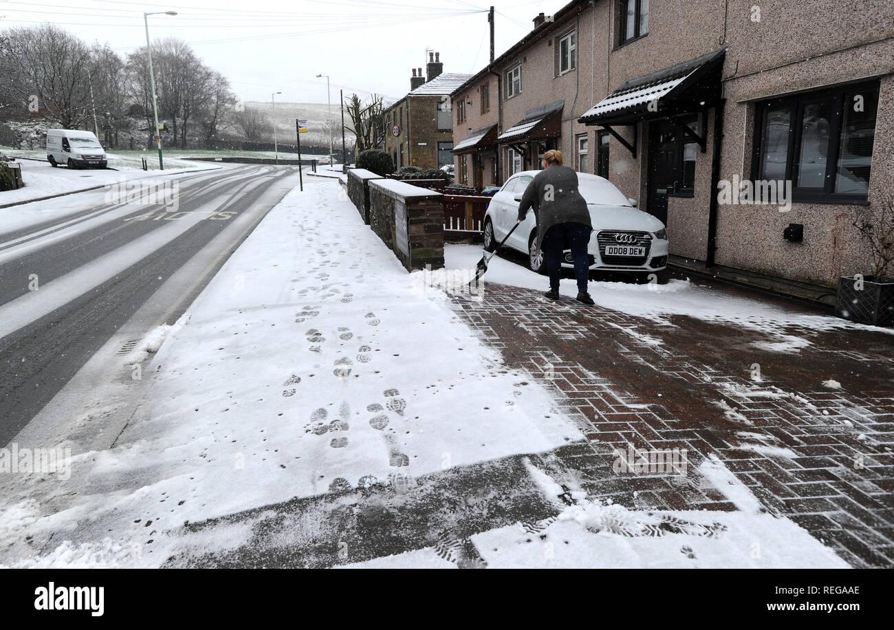 Schneeprognose Weihnachten 2019.Shovel Picture Stockfotos Shovel Picture Bilder Alamy
