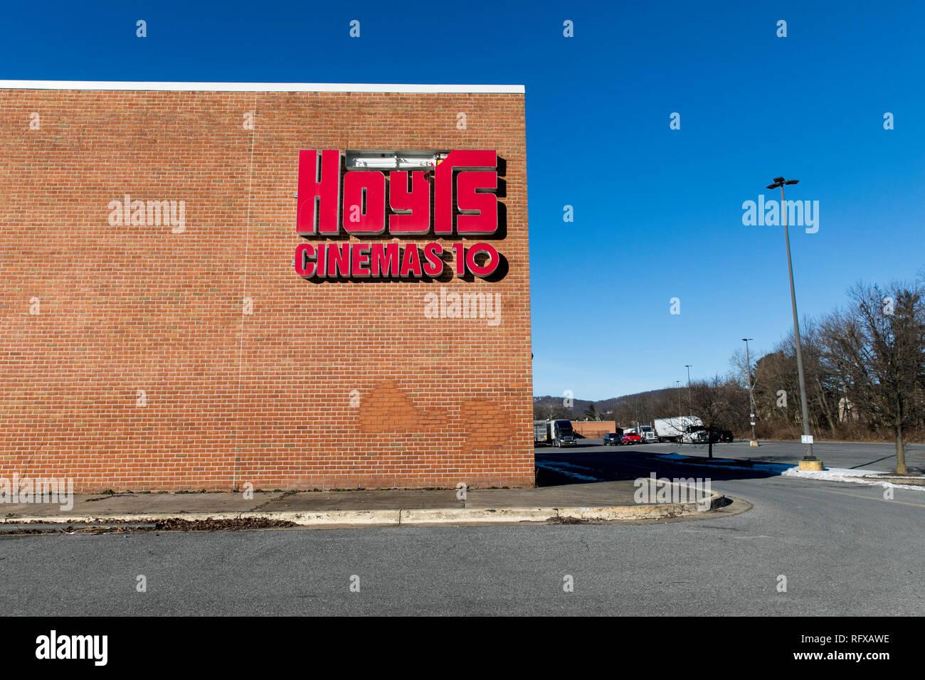Ein logo Zeichen außerhalb eines verlassenen Hoyts Gruppe Kino in Frederick, Maryland, am 22. Januar 2019. Stockbild