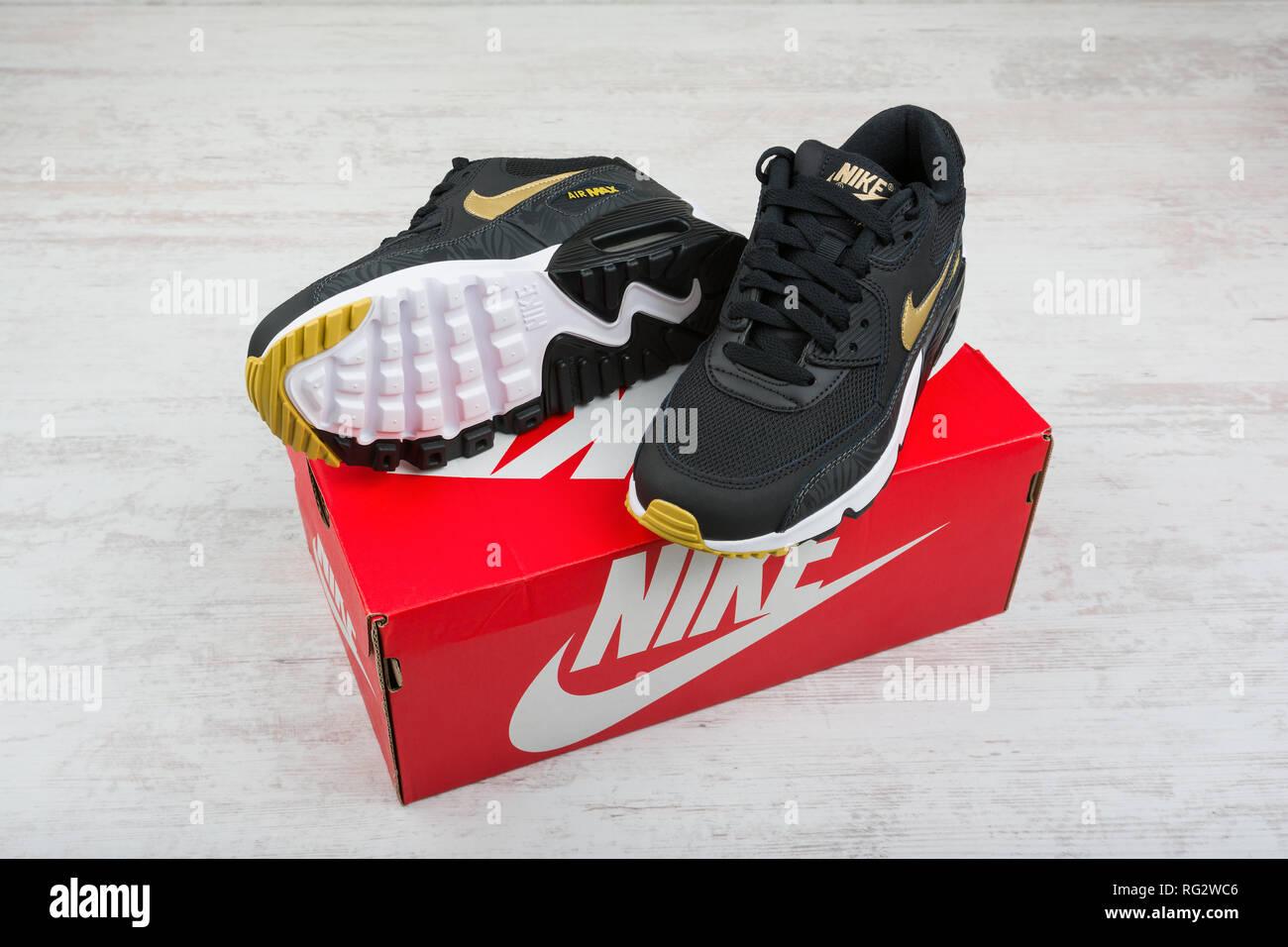 BURGASBulgarien MAX 30Dezember 2016Nike Air Schuhe ywNvm8n0O