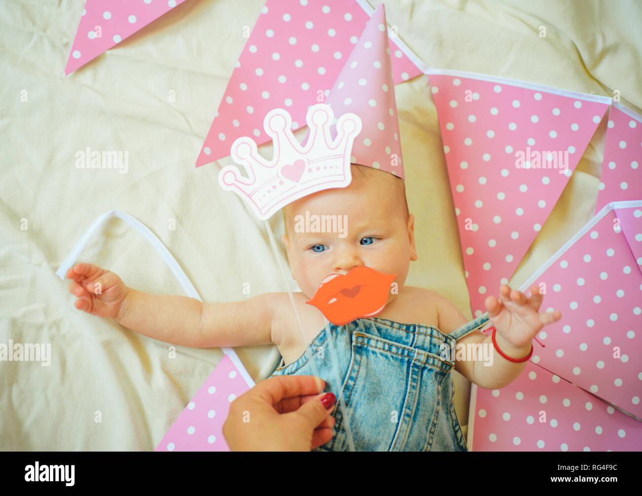 Kleines Mädchen Familie Kinderbetreuung Tag Der Kinder Süße