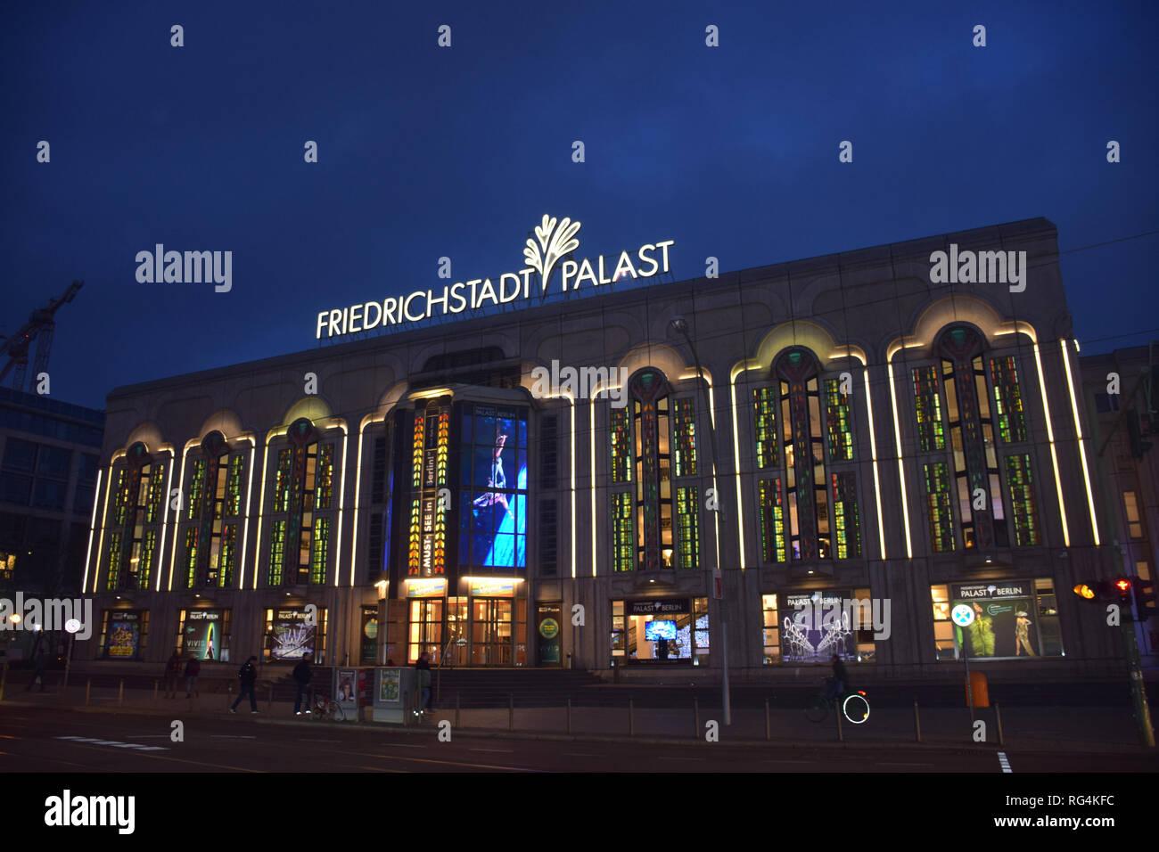 Theatre Berlin Stockfotos Theatre Berlin Bilder Alamy