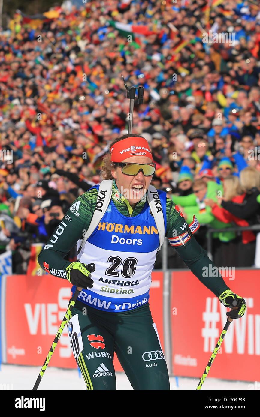 Antholz Antholz, Italien. 27 Jan, 2019. BMW Biathlon Weltcup, massenstart Frauen; Laura Dahlmeier (GER) kommt auf die Zielgerade Credit: Aktion plus Sport/Alamy leben Nachrichten Stockbild