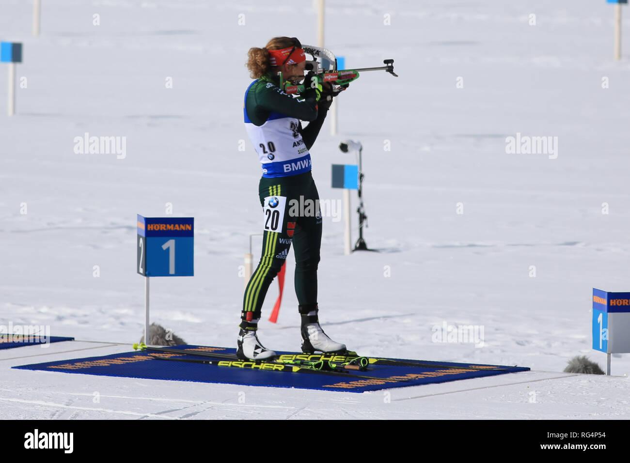 Antholz Antholz, Italien. 27 Jan, 2019. BMW Biathlon Weltcup, massenstart Frauen; Laura Dahlmeier (GER) auf dem Schießplatz Credit: Aktion plus Sport/Alamy leben Nachrichten Stockbild