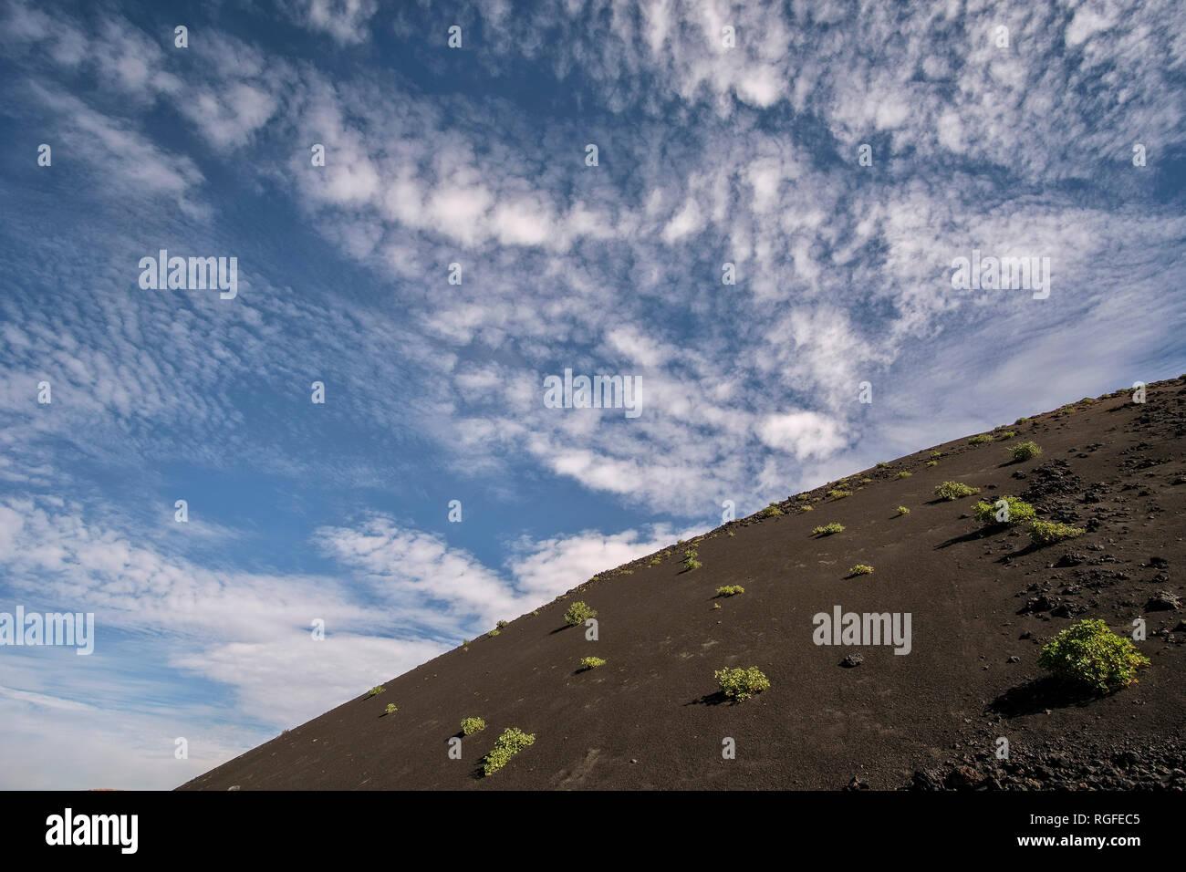Vulkankegel in der Caldera de los Cuervos. Stockbild