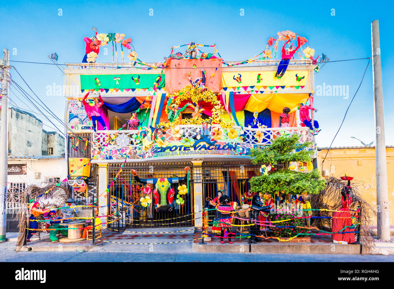 Barranquilla, Kolumbien - 24. Februar 2017: Haus dekoriert für den Karneval von Barranquilla Atlantico Kolumbien konzipiert Stockbild