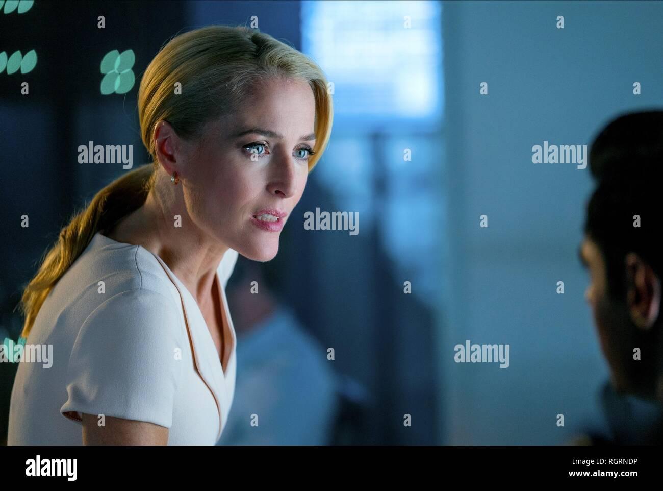 GILLIAN ANDERSON Der Spion, der mich (2018 GEDUMPTEN) Stockbild
